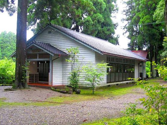 湯前町遺族会館